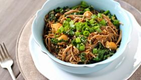 Noodles with Chicken & Kale